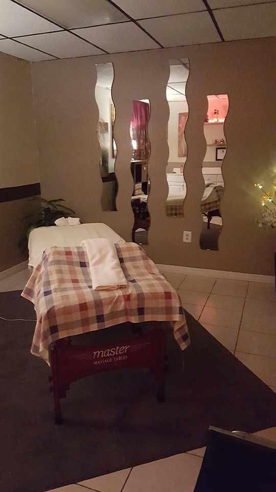 Massage by Dania